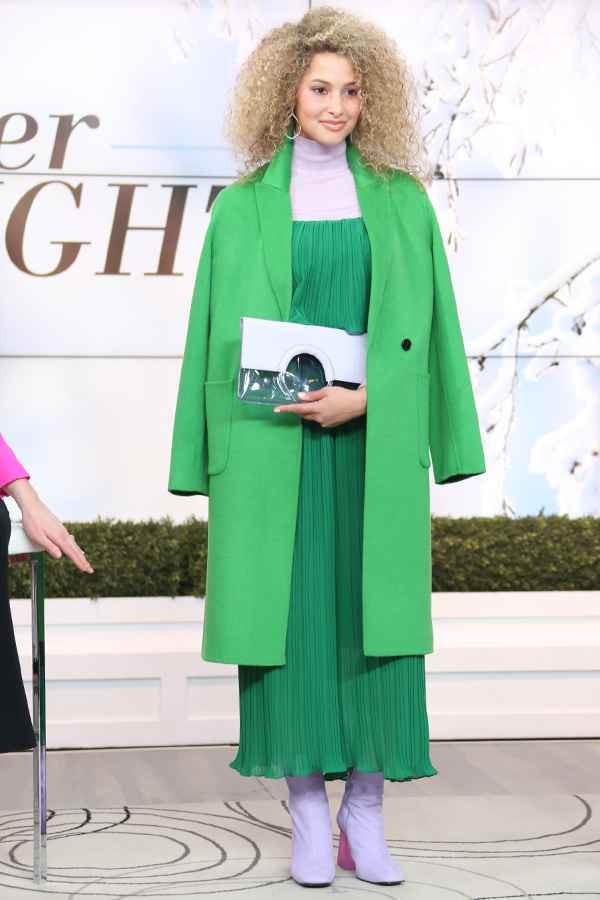 how-to-wear-kelly-green